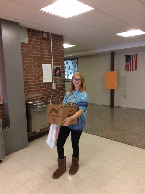 Millersburg Middle School And Lenkerville Elementary Hold Food Drive