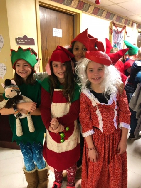 "3rd Grade Visits Residents At Premier At Susquehanna and Performs ""Santa's Gifts"""