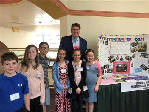 Lenkerville Elementary Students Demonstrate Technology In The Classroom With Senator John DiSanto