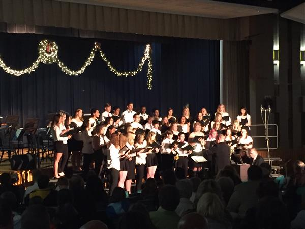 BAND/CHORAL CONCERT - The High School Band & Choir presented the annual Holiday Concert on 12/11
