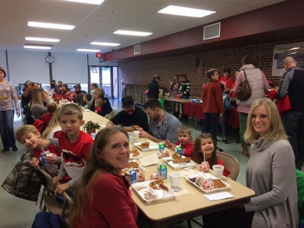 "OVER 215 PARENTS AND STUDENTS ATTEND ""BREAKFAST WITH SANTA"" ON DEC. 8, 2018"